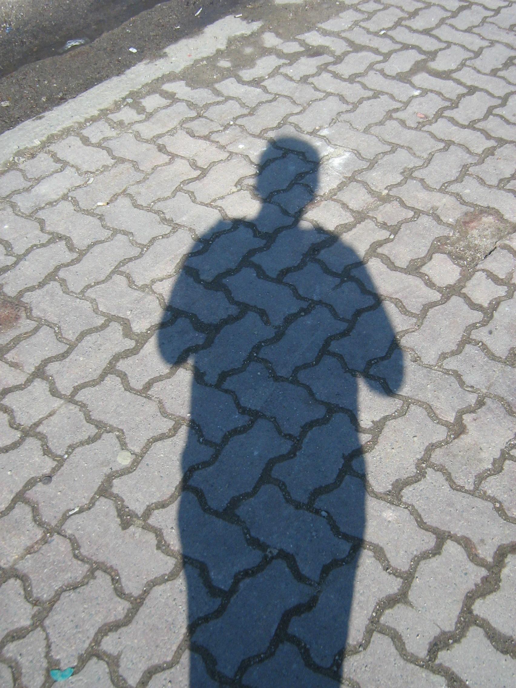 Shadow_on_sidewalk