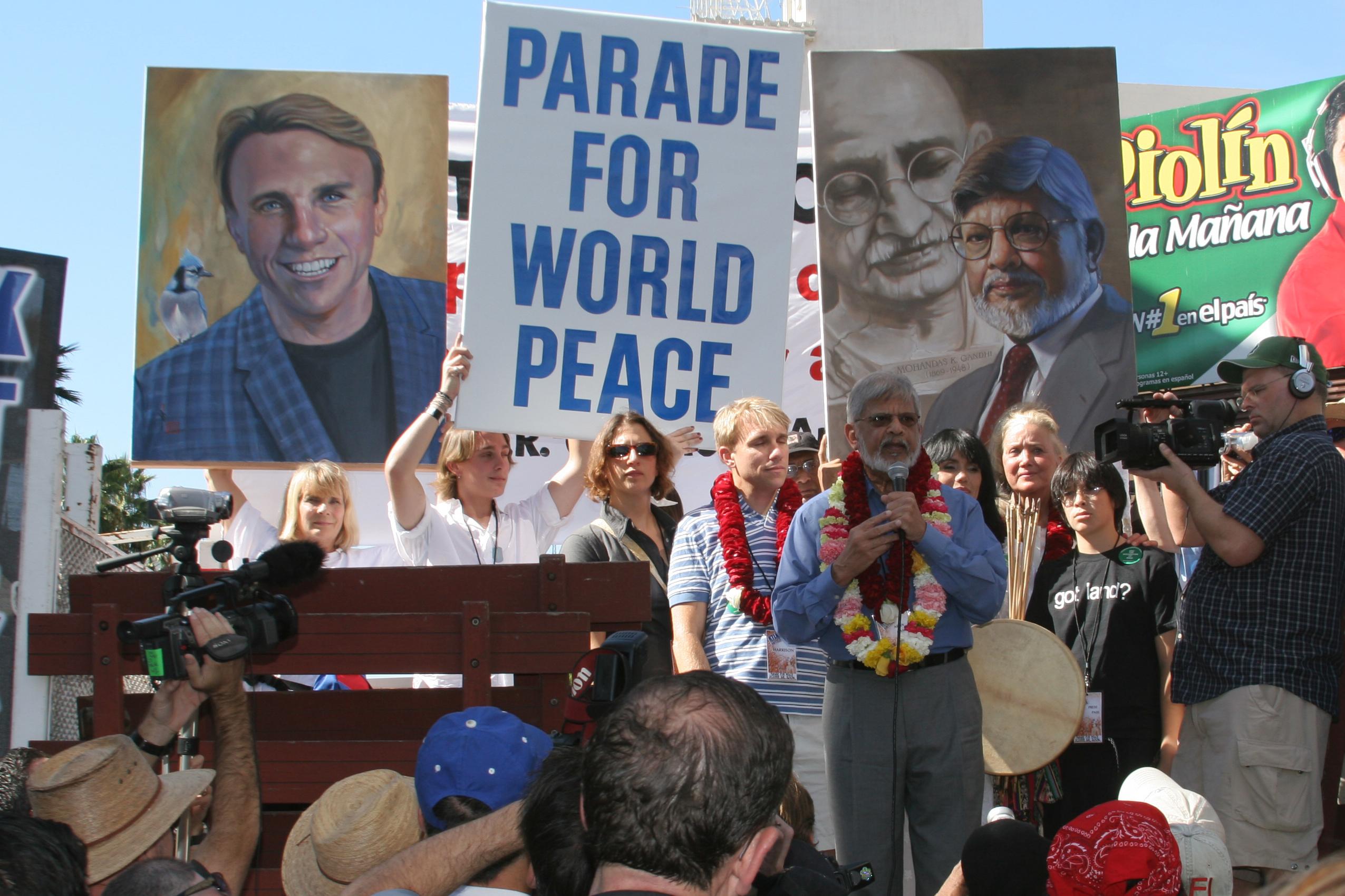 peace parade_harrison- arun gandhi (Web)042